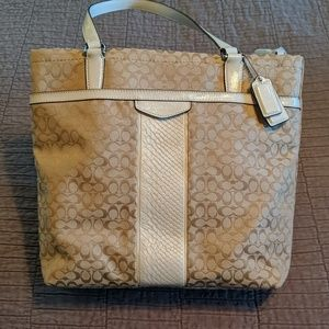 NEW Coach Signature Stripe Tote
